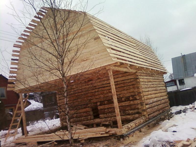 дом из сруба с ломаной крышей фото руки